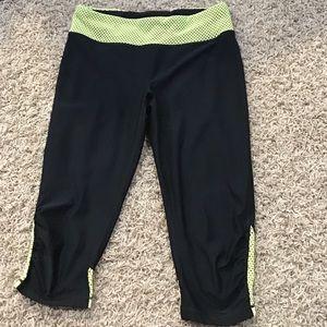 Women's RBX size L capris leggings
